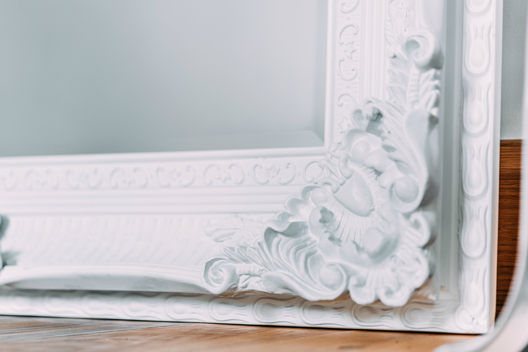 Francoise extra large ornate white mirror furniture la for Large white mirror